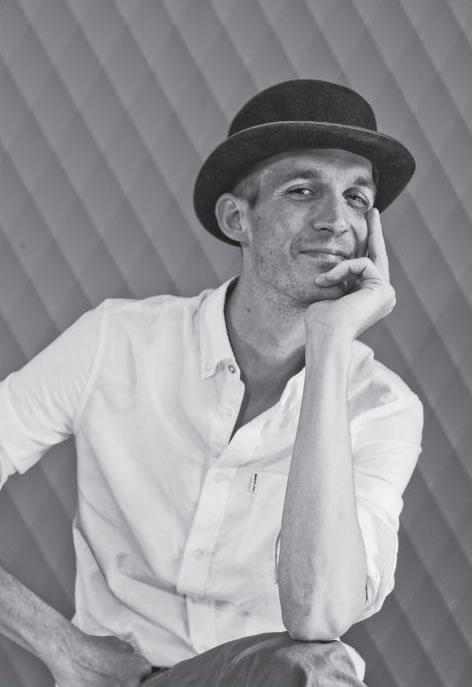 Bierverteller Tomas Schroën